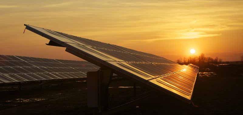 An image of a silicon solar cell array